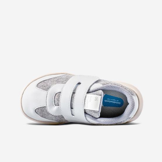 Little Blue Lamb รองเท้าผ้าใบสีเทา