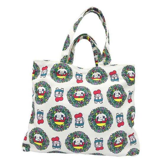กระเป๋าผ้า From Care to Share ออกแบบโดยคิ้วต่ำ แถมฟรีที่ห้อยประเป๋าสุดน่ารัก